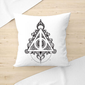 DIY-HARRY-POTTER-DEATHLY-HALLOWS-PAINTING-PILLOW